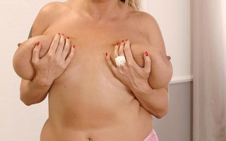 Busty Legend Laura M. Teases With Her Ginormous 36F Knockers