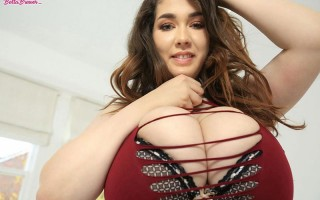 Voluptuous babe Bella Brewer Lace up
