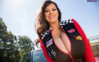 Busty Rachel Aldana Speed Queen