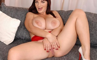 Joanna Bliss Squeezing And Jiggling Her Enormous 36H Jugs