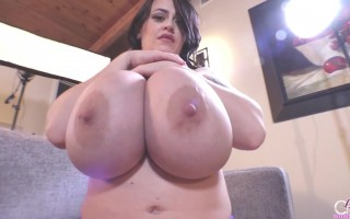 Leanne Crow Striptease on Her Purple Lingerie in a Couch