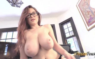 Sizzling Hot Tessa Fowler Big Titties Looks So Yummy