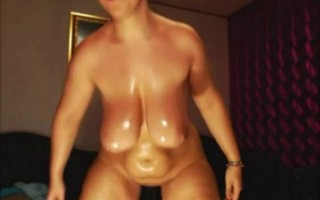 Horny Oiled Curvy, Bubble Butt, Big Boobs - negrofloripa