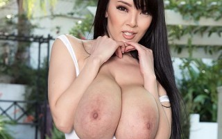 Hitomi Tanaka naked in the country
