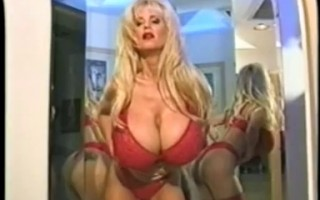 Busty Dusty in front of the mirror