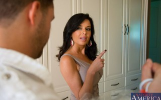 Veronica Avluv's husbands assistant stopped by to drop off the dry cleaning before he heads out to pick up her husband from the airport. Veronica asks him to stick around for a minute, she slips into something a bit more comfortable and proceeds to s