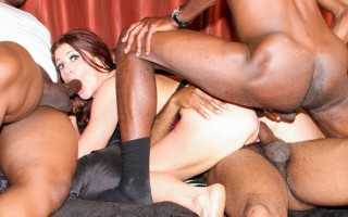 Pro whore CiCi Rhodes has to take all the clients at once