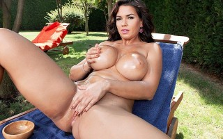 Chloe Lamoure oils her fit, sexy body outdoors