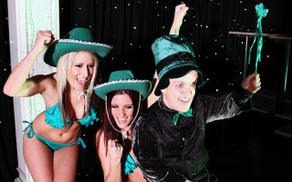 It's that magical time of year again: St. Patty's Day! And to celebrate this lucky occasion, we head over to Ireland for coverage of the wrestling match of the decade! Brooklyn and Yuffie wriggle and writhe in green slime before tackling Ref Danny O'D's c