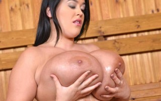 Leanne Crow busty solo sauna