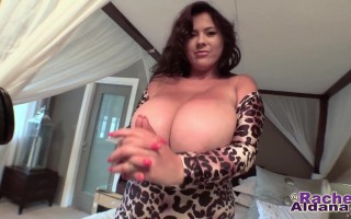 Rachel Aldana So Pretty in Her Leopard Skin Outfit